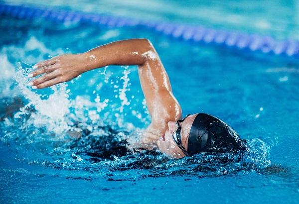 Helen Lee Schifter Health Benefits of Swimming