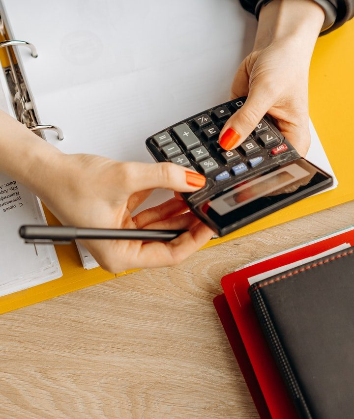 How Small Businesses Can Get a ROI from a Full-Service Accounting Staff?